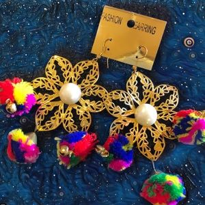 Jewelry - Pom Pom Earrings